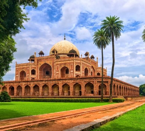 Historical Fort and Palaces tour
